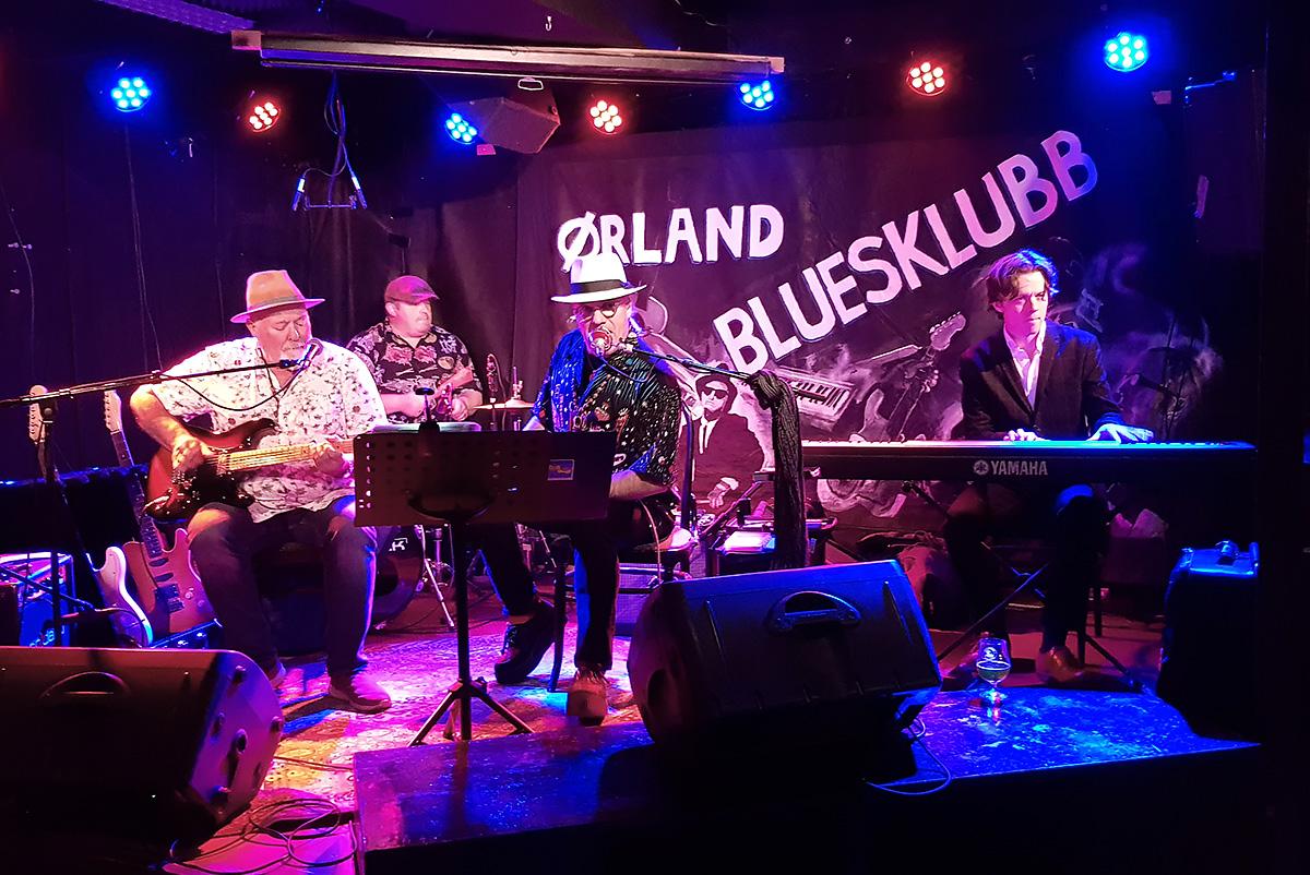 Koronablues på Ørlandet